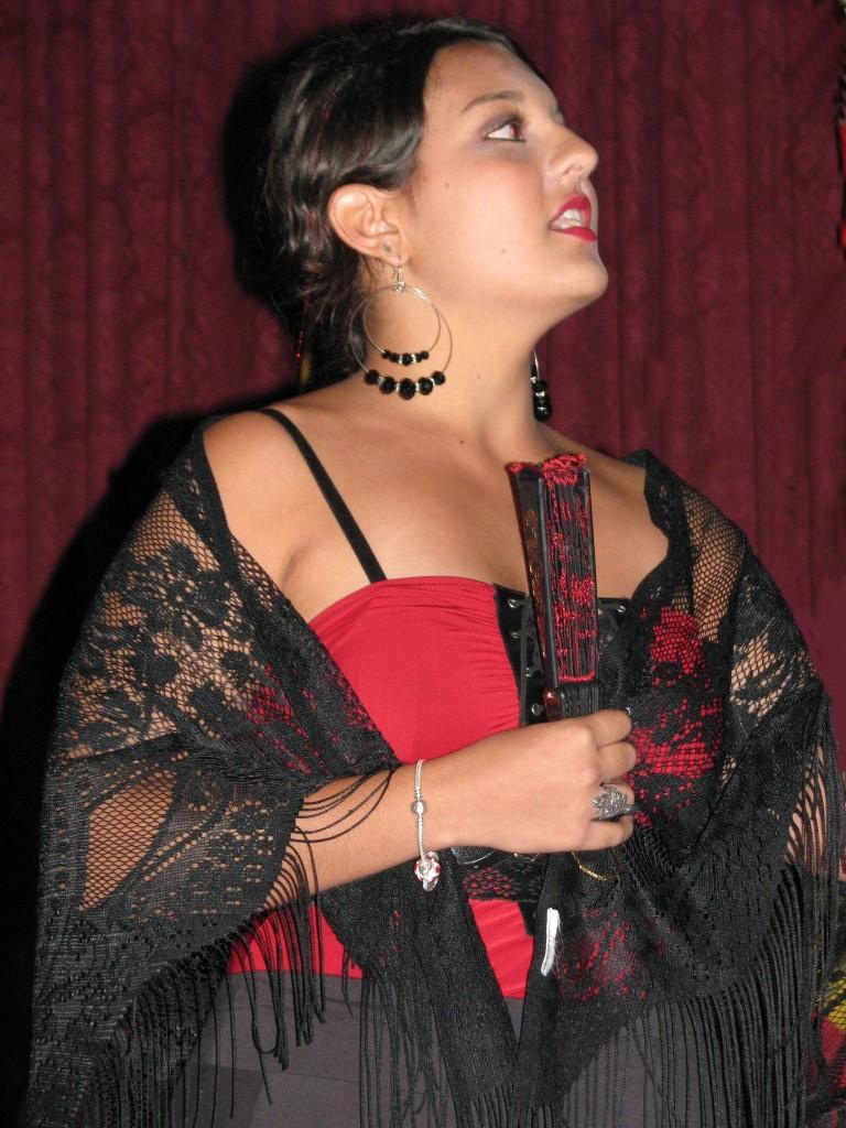 """Sita sings """"El Majo Timido/El Majo Discreto."""""""