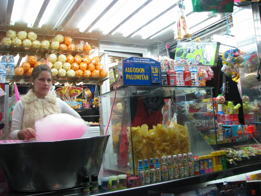In the story, Andrés bought Adela some cotton candy (algodon).