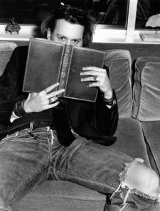 johnnydepp reading cropped